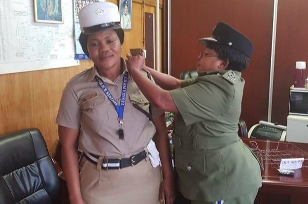 Zambia Police Officer promoted for braving downpour – Yoneco FM
